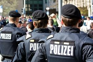 Der Polizist - unser Freund und Helfer