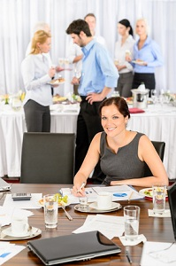 Veranstaltungskaufleute organisieren und planen Events